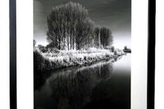 20-x16-Black-Frame