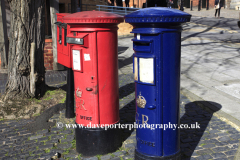 Red and Blue Post boxes in Windsor town