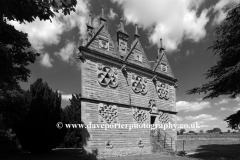 The Rushton Triangular Lodge Folly, built in 1592 by Sir Thomas Tresham, Rushton village, Northamptonshire, England.