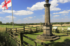 The Cromwell Monument above Broadmoor farm, Battle of Naseby memorial site, Naseby, Northamptonshire, England.