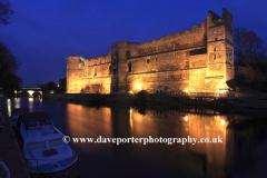 Dusk, the ruins of Newark Castle, Newark on Trent