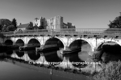 River Trent bridge, Newark Castle, Newark on Trent