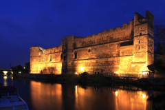 Dusk view over the ruins of Newark Castle