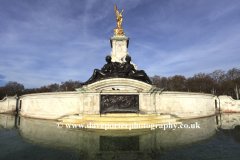 The Victoria Monument, the Mall outside Buckingham Palace, St James, London City, England, UK