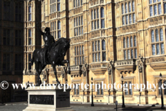 Richard I Statue, Houses of Parliament, North Bank, Westminster, London City, England, UK