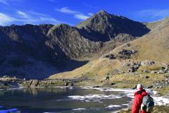 Walker, Mount Snowdon, Llyn Llydaw, Snowdonia