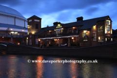 The Malt House Pub, Birmingham Canal