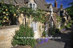 Rose Cottages, Winchcombe village, Gloucestershire Cotswolds, England, UK
