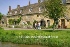 Cottages, river Windrush, Lower Slaughter village