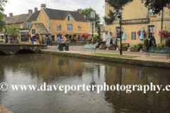 River Windrush, Bourton on the Water village