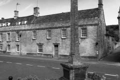 The War Memorial Cross, Northleach town