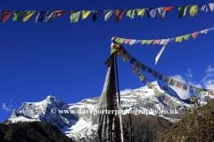 Snow, Konge mountain, Himalayas, Nepal