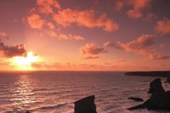 Sunset, Bedruthan Steps sea stacks, Carnewas Island