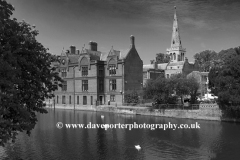 Summer view of the St Pauls church and the river Great Ouse in Bedford town, Bedfordshire, England, UK