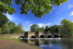 The river Wye and the stone road bridge at Bakewell