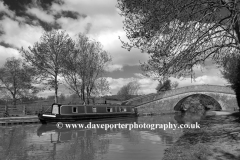 A narrowboat in the lockgates at Foxton Locks on the Grand Union Canal, Leicestershire, England; Britain; UK