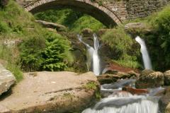 the 3 Shires Head bridge, river Dane
