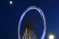 Big Ferris Wheel ride next to Brighton Palace Pier