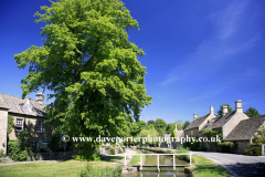 river Windrush, Lower Slaughter village, Gloucestershire Cotswolds, England, UK