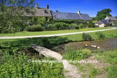 Summer, June, July, Cottages, Upper Slaughter village, Gloucestershire Cotswolds, England, UK